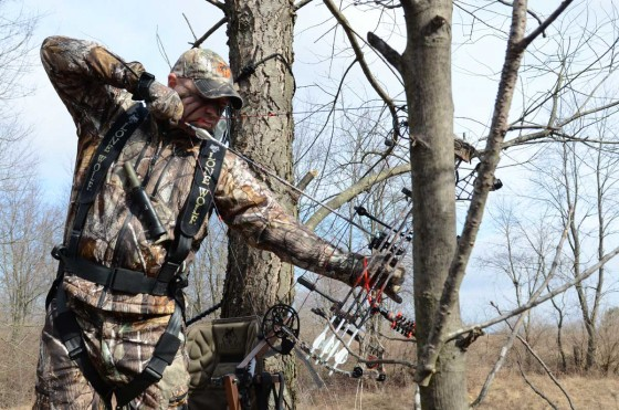 Bowhunter at full draw