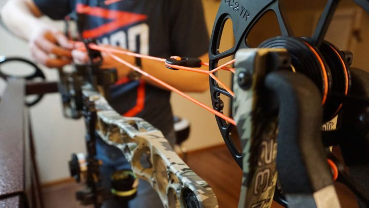 How to Change A Compound Bow String & Cable