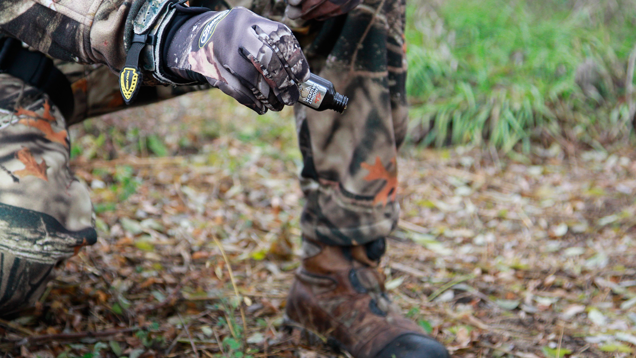 should deer urine for hunting be banned to help slow the spread of CWD?deer-urine-on-ground