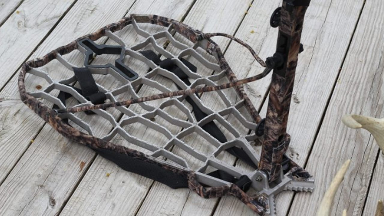 how to silence your lone wolf treestand & climbing sticks lone-wolf-stealth-strips-platform